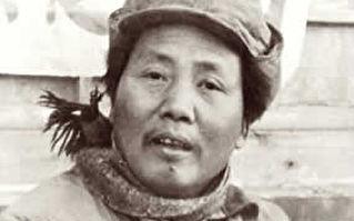 毛澤東詩詞的「血旗情結」