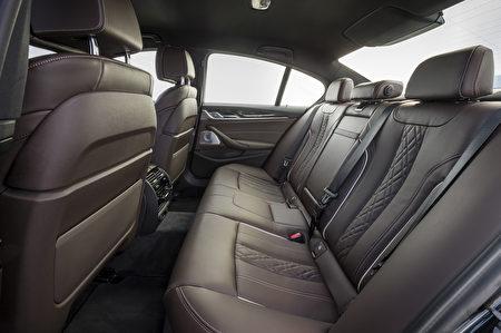 寶馬530d後排座椅(BMW提供)