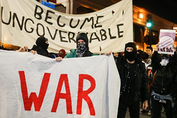 伯克利暴力抗議右翼演講 將失聯邦資金?