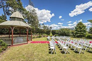 Novotel Sydney Norwest酒店的蔥鬱花園,為你們的夢幻婚禮提供一個私密涼亭及私人空間。(商家提供)