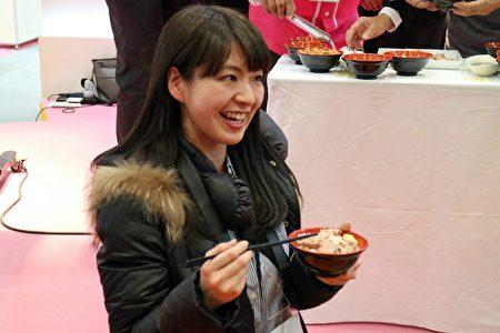 日本台灣新聞社記者都說讚。(嘉義市政府提供)
