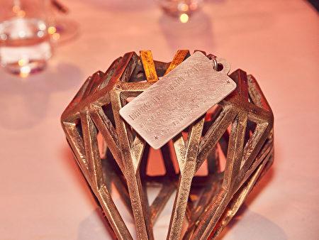 2017年慕尼黑国际钟表、珠宝首饰展会奖品。(主办方提供)