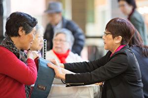 現職護士免費為市民量血壓。(主辦方提供)