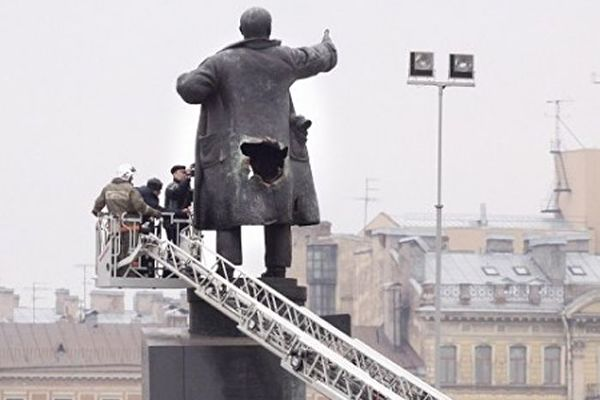 """高天韵:""""把列宁遗体送给中国人""""是玩笑吗"""