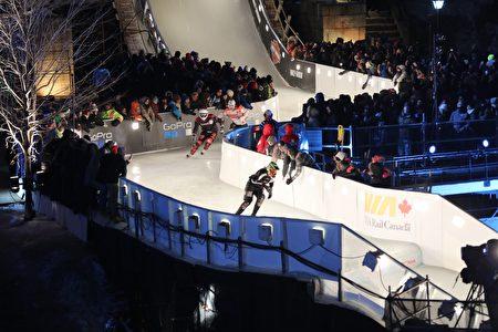 """世界知名极限冰上赛事""""红牛冰上极限竞速锦标赛""""于三月三日至四日在渥太华运河举办。(任侨生/大纪元)"""
