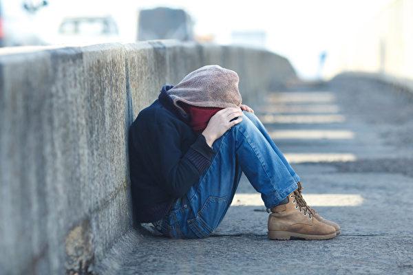 巴黎15歲華人少年離家出走的驚險故事