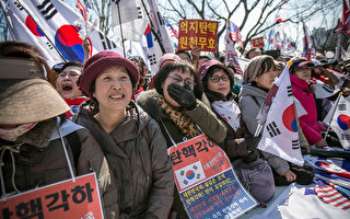 朴槿惠確定下台 南韓正反兩派都哭了