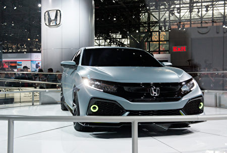 2017 Honda Civic Type R跑車。(Bryan Thomas/Getty Images)