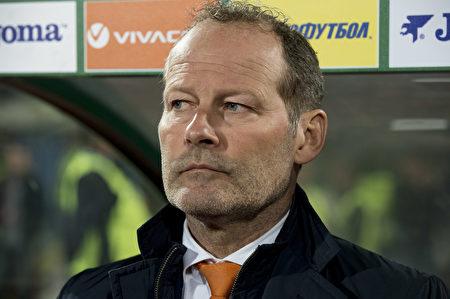荷兰0-2不敌保加利亚,排名滑至第四,主帅布林德下课。(NIKOLAY DOYCHINOV/AFP/Getty Images)