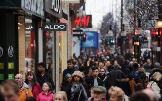 16年來,紐約州消費者的購買信心第一次空前高漲。 (Dan Kitwood/Getty Images)