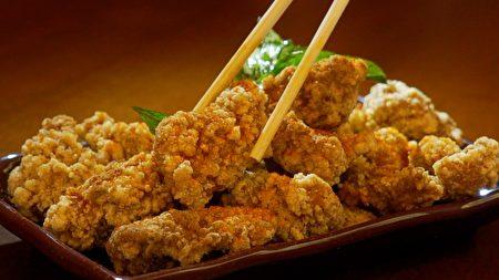 台湾小吃盐酥鸡。