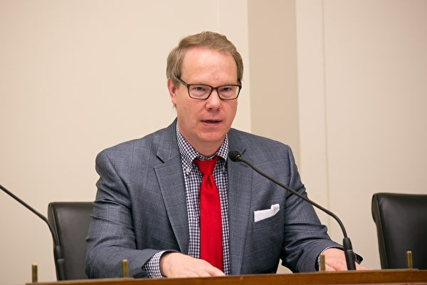 美议员:迫害法轮功是近20年来人类最大耻辱
