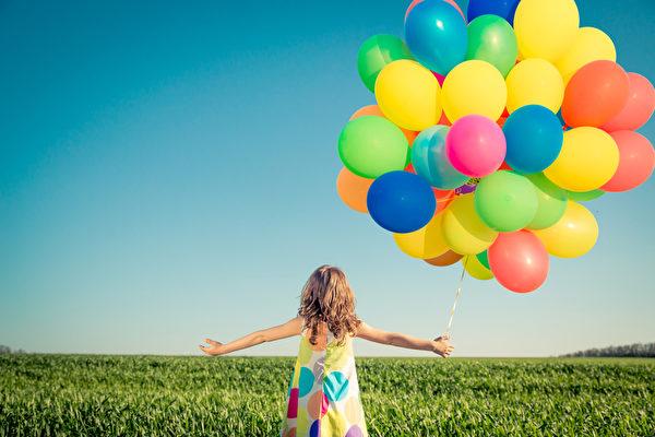 幸福可以帮助我们决定应以何种姿态与人相处,甚至在文化层次面上,可以提升整个社会层级的幸福。(Fotolia)