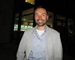 人才培训导师Markus Rützler于2017年4月5日晚观看了美国神韵世界艺术团在奥地利布雷根茨的演出。(黄芩/大纪元)