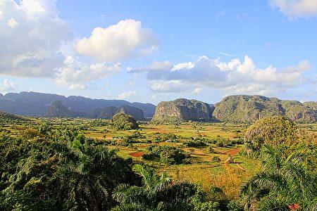 位于古巴‧云尼斯山谷的喀斯特地形。(Greg Montani/CC/Pixabay)
