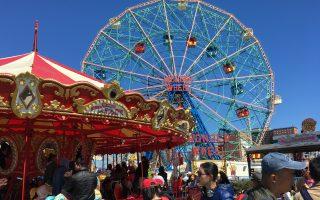 康尼岛游乐园开放 华人如潮涌