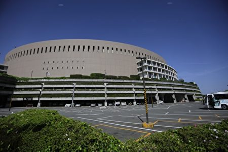 日本福冈雅虎巨蛋棒球场。(新竹市府提供)