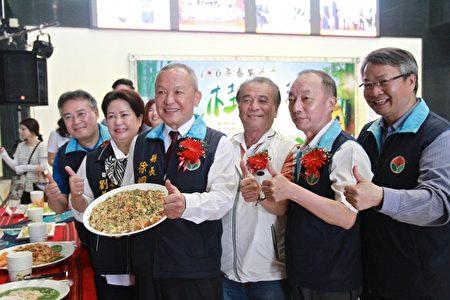 育逹科大黃家洋老師研創桂竹筍系列佳餚。(許享富 /大紀元)