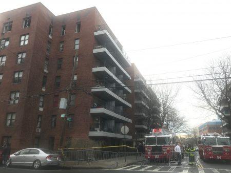 发生火灾的居民楼。