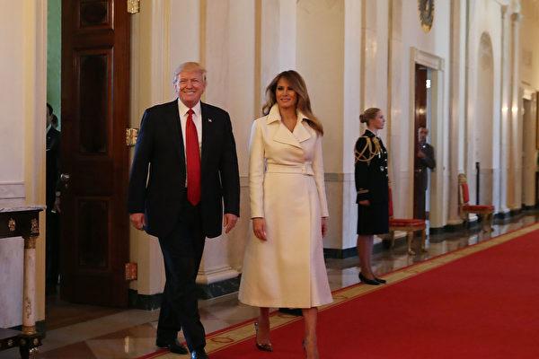 白宫发布第一夫人梅拉尼亚首张官方照片