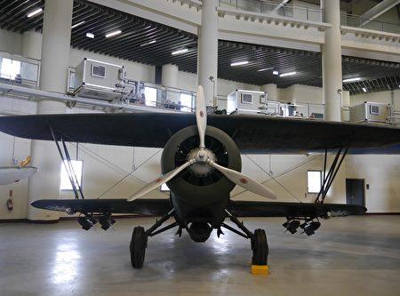 1937年高志航大队长率队驾驶霍克III型战斗机,迎击来犯的日本航空队,并创下4:0的战绩。(方金媛/大纪元)
