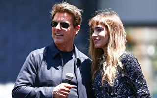 湯姆‧克魯斯(左)與 索菲亞‧寶特拉宣傳新片《新木乃伊》(台譯:神鬼傳奇)資料照。 (Rich Fury/Getty Images)