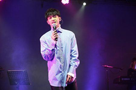 """""""小乐""""吴思贤(图)首场个人售票赞声演唱会27日晚在台北华山Legacy登场。(宽宏艺术提供)"""