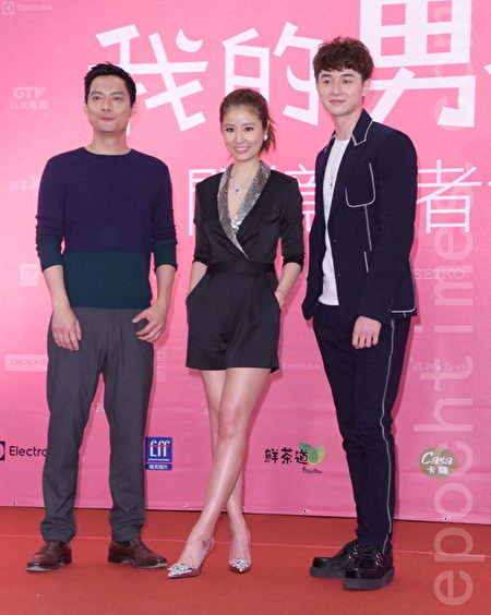 林心如(中)近期率剧组宣传新戏《我的男孩》。(黄宗茂/大纪元)