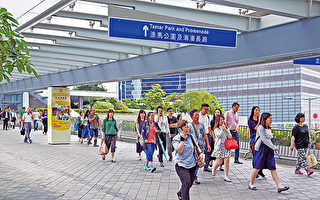 香港公务员料加薪1.38%至2.44%
