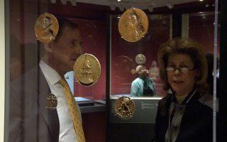 收藏一甲子的动人故事 老翁与勋章