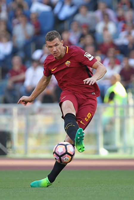 羅馬隊的哲科以29粒進球,奪得本賽季意甲「金靴」。 (Paolo Bruno/Getty Images)