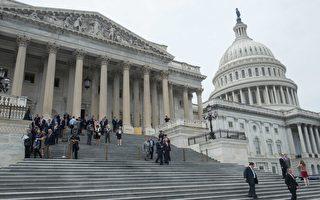 应对朝鲜半岛紧张局势,美国国会众议院周四(5月4日)以419票对1票的悬殊比数,通过严厉制裁朝鲜的新法案。(NICHOLAS KAMM/AFP/Getty Images)