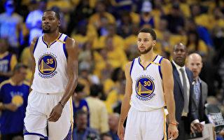 NBA东、西区决赛无悬念 球迷期待总决赛