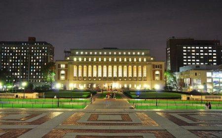 百年老校哥倫比亞大學佔地面積不大,但是校園相當漂亮,小而美,有濃重的學術氣息。