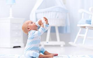 最新研究:不要給一歲以下嬰兒喝果汁