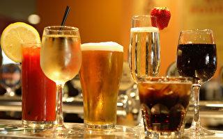 喝多少酒超量?研究:飲酒不多也可致腦病變