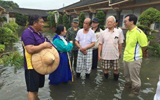 暴雨襲台淹水 張花冠實勘災情關心民眾