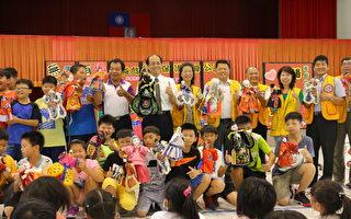小学生演布袋戏 拒绝霸凌和毒品