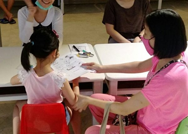 呼籲家長應攜手陪伴孩子發展並重視早期療育。(羅東博愛醫院提供)