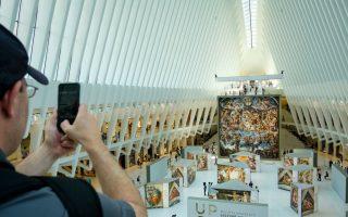 米開朗基羅畫作複製品 世貿「大鳥」展出