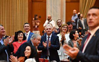 執政黨權鬥 羅馬尼亞短命政府倒台
