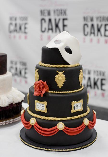 《歌劇魅影》造型蛋糕。