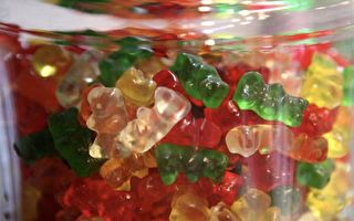 小孩最愛吃的小熊軟糖 添加了什麼成分?