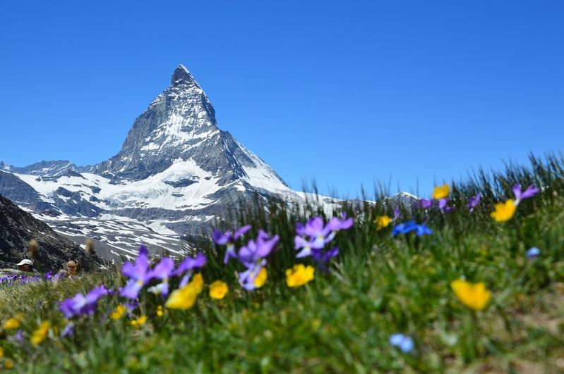 瑞士策馬特馬特洪峰 (Pixabay)