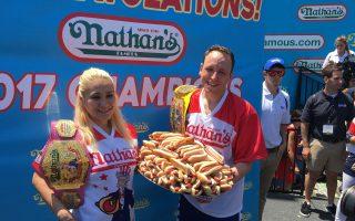 紐約國際吃熱狗大賽 切斯納衛冕