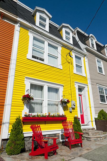 纽芬兰省的圣约翰斯以五颜六色的建筑闻名。(Fotolia)