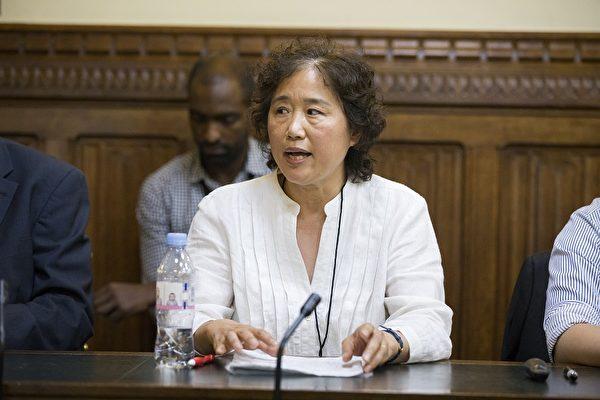 目前居住在英國的法輪功學員楊峰曾因修煉法輪功於2005年3月被北京警察非法抓捕。(Simon Gross/大紀元)