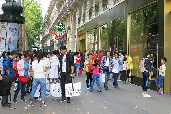巴黎遊客創十年最高增幅 中國遊客增30%