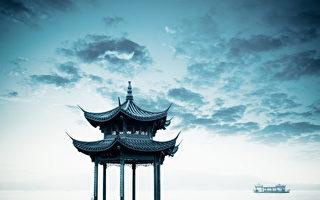 杭州冰火两重天 西湖畔摩肩接踵 楼市冷清