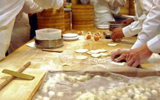 華裔勞工局投訴欠薪 10天後支票寄上門